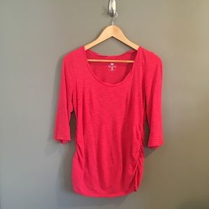 Two Hearts Maternity 3/4 Length Stretchy Top Sz S